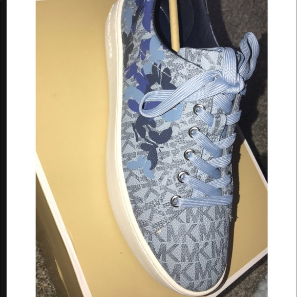 michael kors poppy lace up sneakers